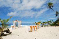 Beautiful Beach settings are available for your wedding day